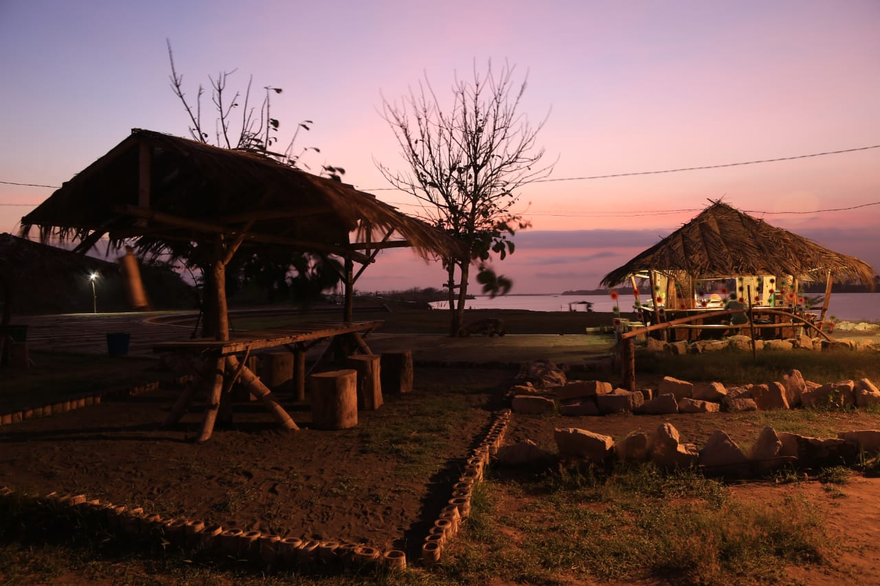 Pasar Sunset Laguna Depok