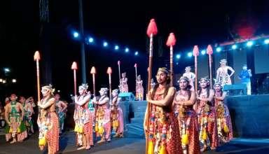 Resmi Dibuka, Beksan Lawung Jajar Pukau Penonton JISP 2019