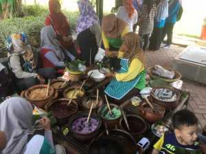 Menikmati Pagi Dengan Sepiring Jenang 13 Rasa di Pasar Tani Sleman