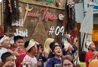 Jumat Kliwon, Jumat Berbudaya di Raminten Kaliurang