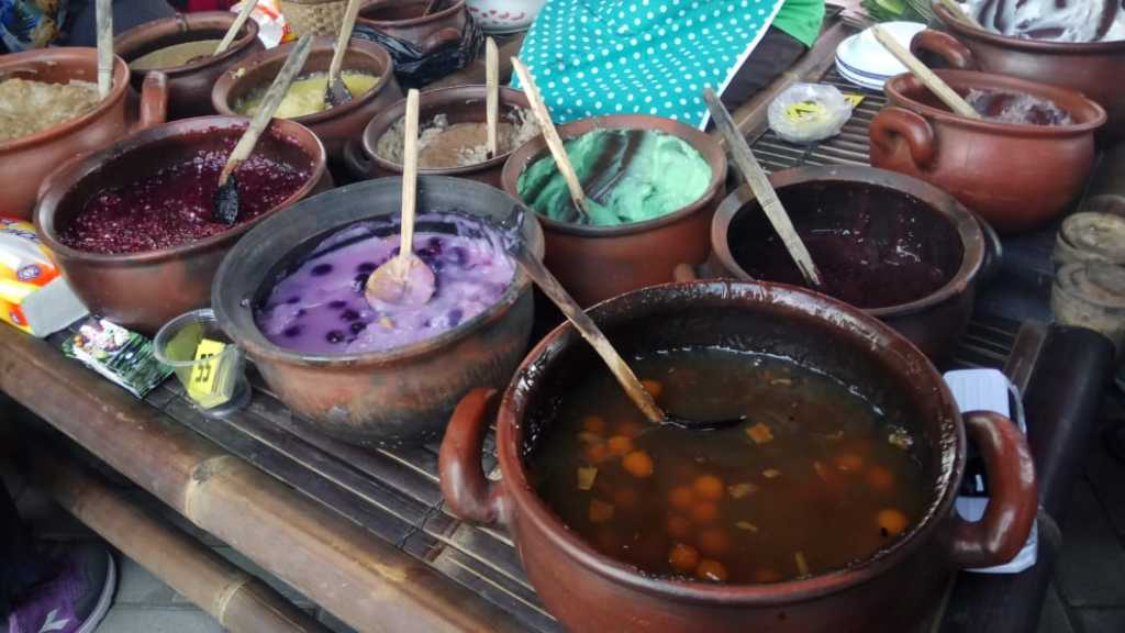 Menjelajahi Pagi Dengan Sepiring Jenang 13 Rasa di Pasar Tani Sleman