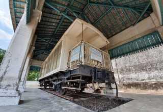 Mengenal Kisah Unik Dibalik Restorasi Kereta Jenazah Paku Buwono X