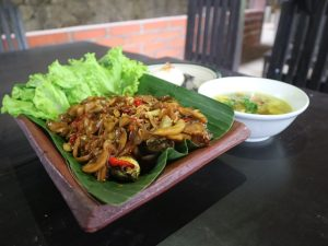 Oseng-Oseng Salak, Kuliner Khas Desa Wisata Kembangarum yang Wajib Kamu Coba