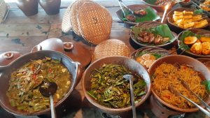 Mencicipi Mangut Lele Sayur Lompong Cengkir Heritage Resto and Coffe