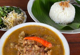 Nikmatnya Nasi Pecel Sambel Tumpang Den Wir Kotagede